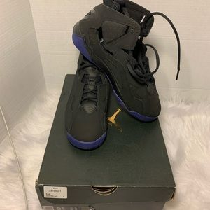 Jordan True Flight Black Purple  size5.5